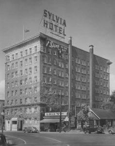 Sylvia-Hotel-Front-Right-Exterior-Historic-Huge